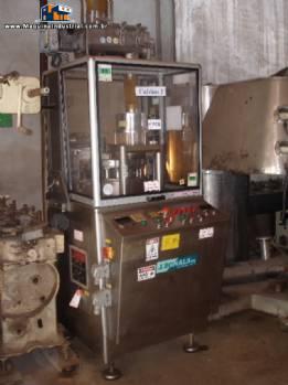 Compressora compactadora J. Bonals para tabletes